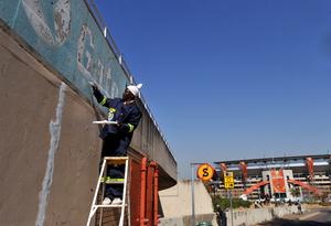 A uma semana da Copa, África do Sul trabalha em ritmo acelerado para concluir últimas obras