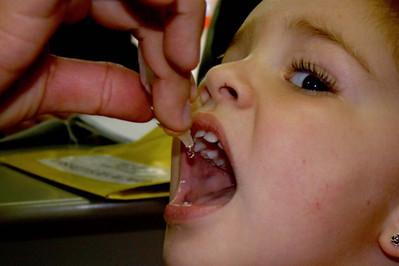 Sábado é dia de vacinação contra a paralisia infantil