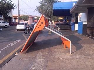 Vandalismo em Cambé