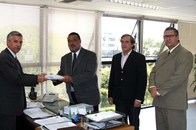 Secretário Serpa/ Delegado Azor/ Delegado Garrett/ Valmir Soccio