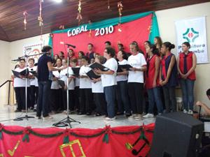 Corais Da APMI lançam CDs de música em Cambé