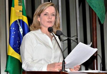 Gleisi propõe criação do Comitê de Defesa da Mulher