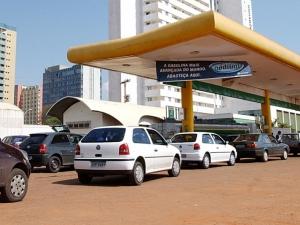 Copom prevê alta de 2,2% no preço da gasolina