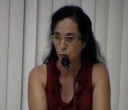 Maria Inês presidente da Associação dos moradores do Bairro Tupi faz desabafo na Câmara de Vereadores.
