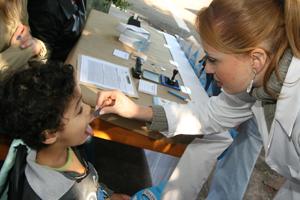 Sábado (13) é dia de vacina contra paralisia e sarampo