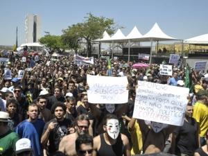 Protestos contra a corrupção marcam Dia da Independência em Brasília