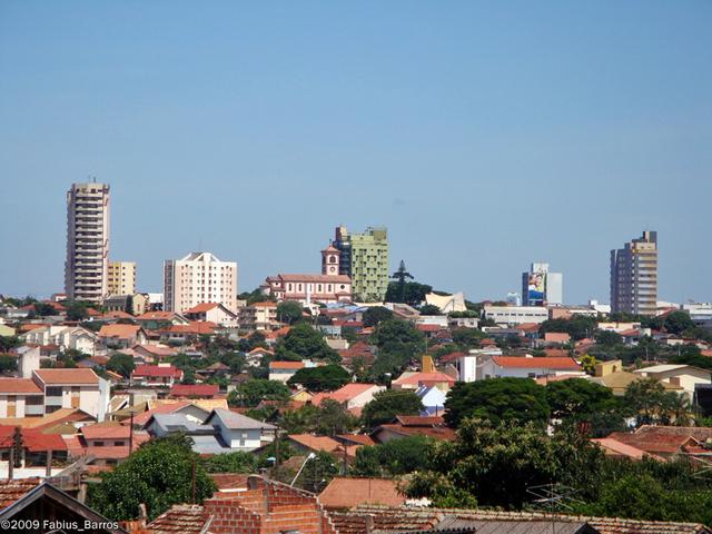 Fim de semana de céu claro em Cambé