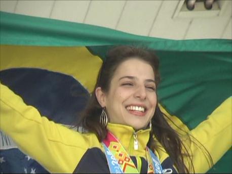 Cambé recebeu de braços abertos a atleta Débora Falda (Vídeo)