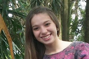Cambeense é a mais jovem aprovada no vestibular da UEL