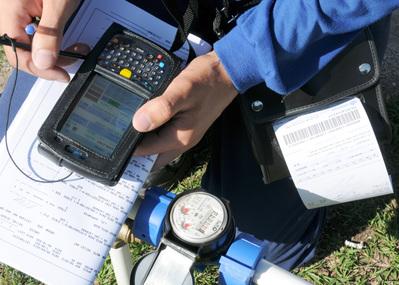 Sanepar implanta novo sistema de leitura e emissão das contas de água