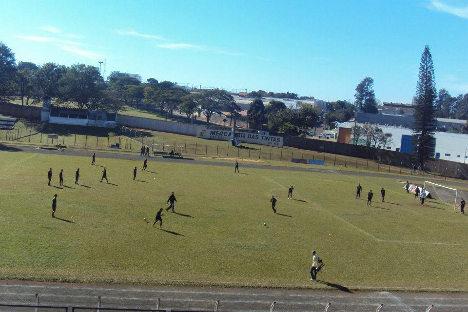 Cambé se reforça para Terceirona e acerta jogo-treino com a Portuguesa Londrinense