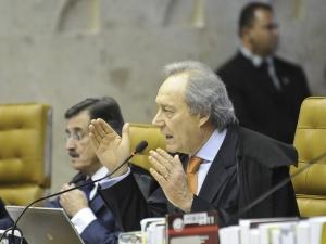 Pizzolato é culpado do crime de corrupção passiva, diz Lewandowski