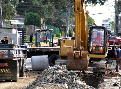 Governo atinge R$ 500 milhões em obras de infraestrutura nas cidades