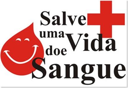 """Santa Missa """"Lava-Pés"""" atrais muitos católicos de Cambé"""
