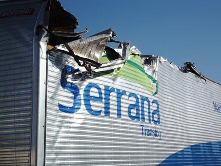 Destruição e alta velocidade na Av. José Afonso dos Santos no Jardim Santo Amaro