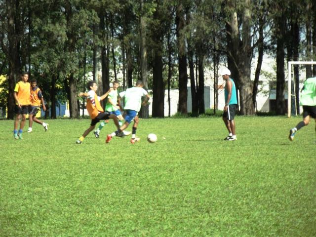 Barec/Cambé é eliminando da Copa criança em campo