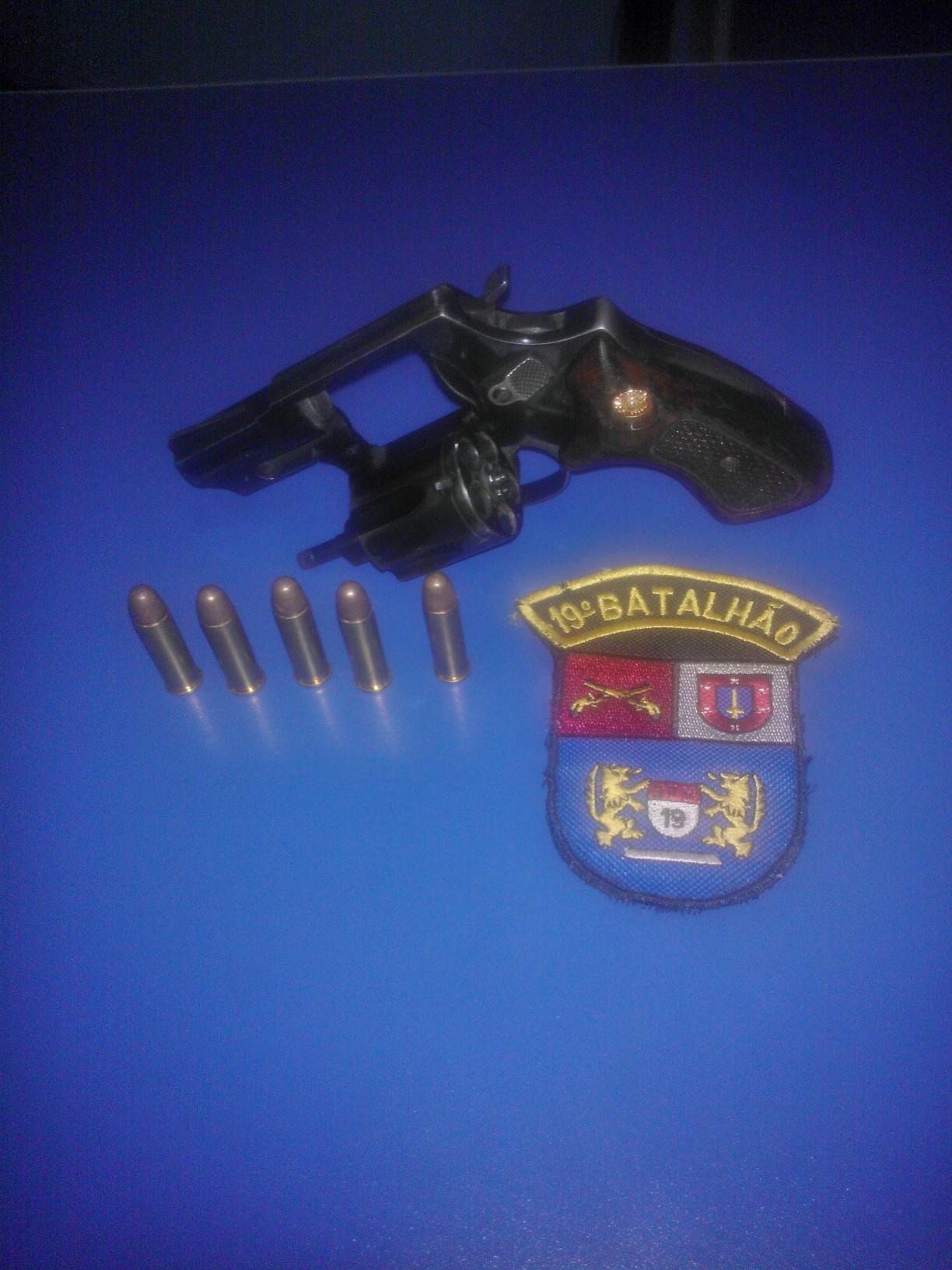 Apreensão de arma com suspeito de tentativa de homicídio em Nova Aurora
