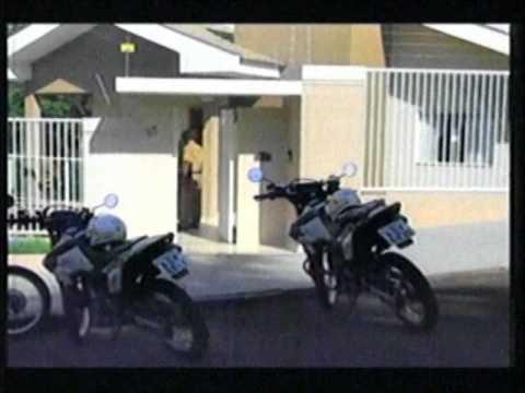 Assaltantes invadem residencia e roubam camionete em Cambé