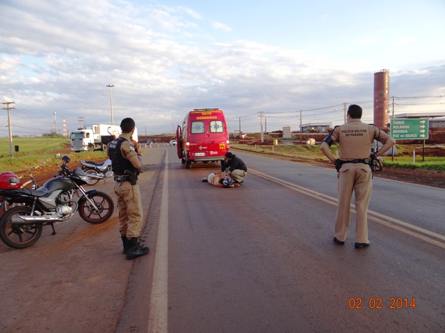 Motorista foge após deixar motociclista ferido na PR 445 em Cambé