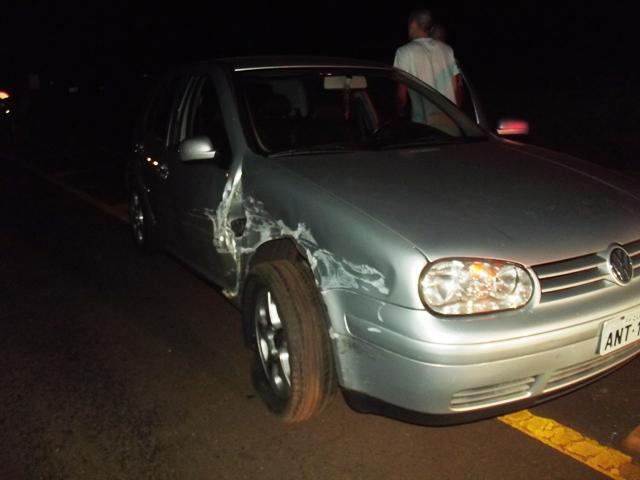 Colisão entre dois veículos registrado na Av. José Bonifácio em Cambé