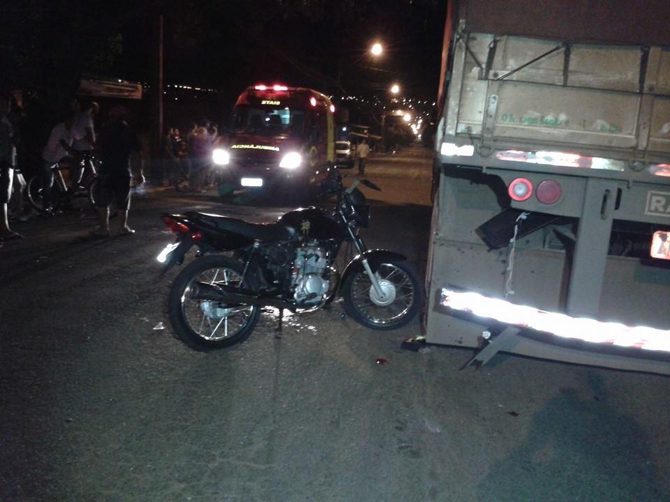 Homem tem ferimentos graves após colidir sua motocicleta no Jardim Novo Bandeirantes em Cambé