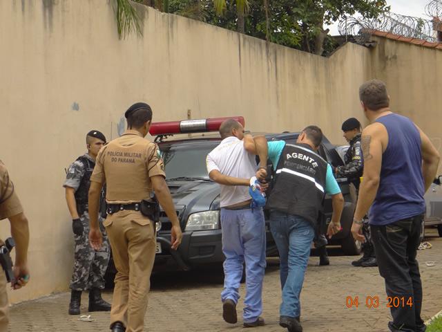 Polícia  de Cambé confirma que 64 presos fugiram de cadeia
