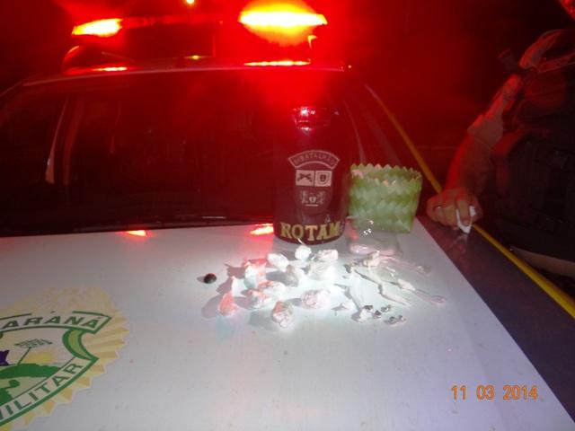 Rotam prende dois por tráfico de drogas no Parque Manela