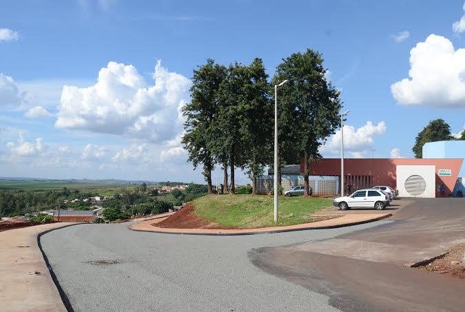 Rua Carajás é asfaltada e disponibiliza melhor acesso a Unidade de Pronto Atendimento em Cambé
