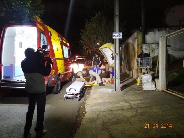 Mulher é esfaqueada pelo esposo no Jardim São Paulo em Cambé