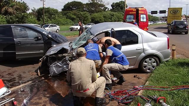 Grave acidente na BR 369 em Cambé próximo a divisa com Londrina