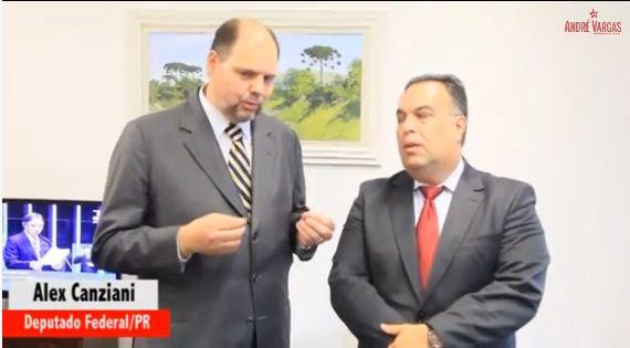 """Em ano de eleição Alex Canziani recebe """"Comenda Grão de Café"""""""
