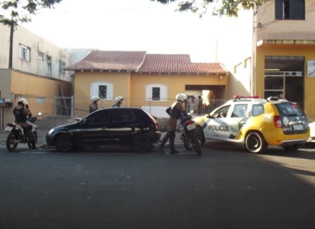 Polícia Militar de Cambé apreende menores traficando no Jardim Santo Amaro