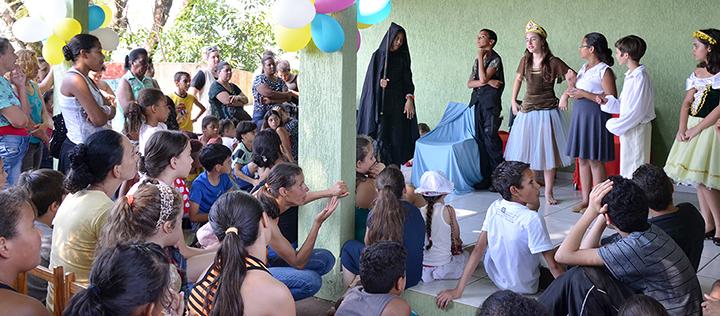 Capsi realiza festa em comemoração ao dia das crianças