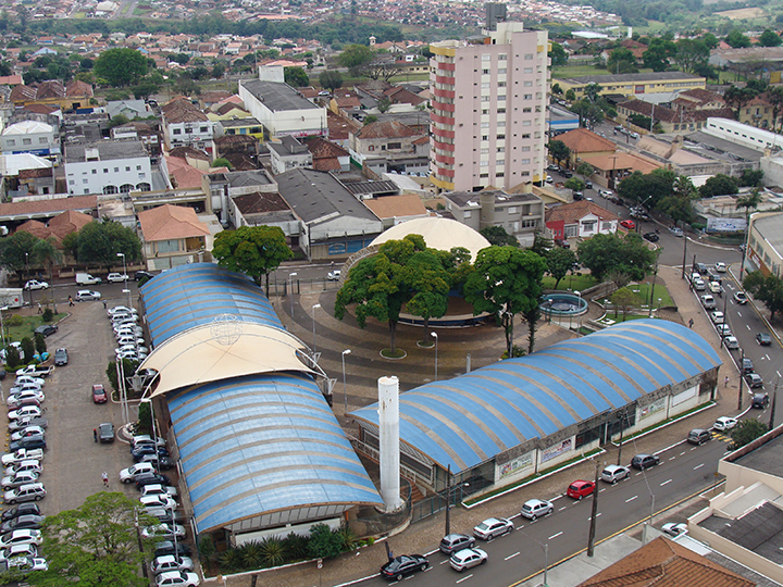 Desfile comemorativo de aniversário de Cambé será realizado neste domingo dia 19