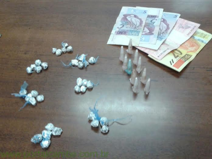 Polícia Militar apreende drogas no Cambé II