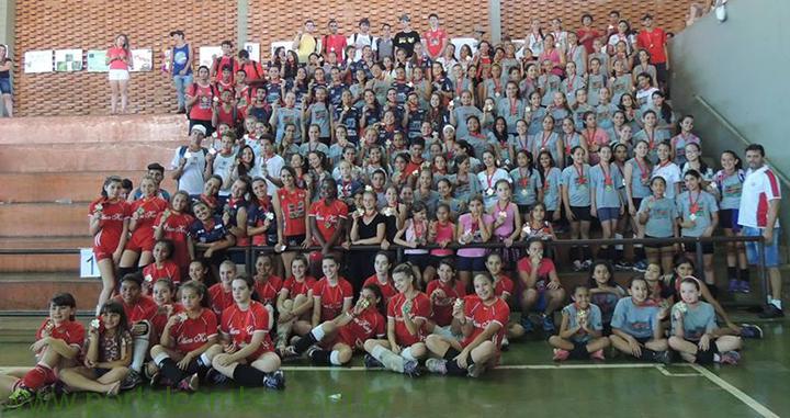 Festival de Vôlei Feminino de Cambé teve a participação 41 equipes e 256 atletas