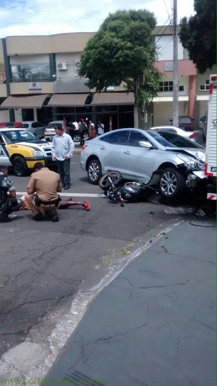 Dono de padaria assaltada atropela ladrões em moto em Londrina (Imagens fortes)