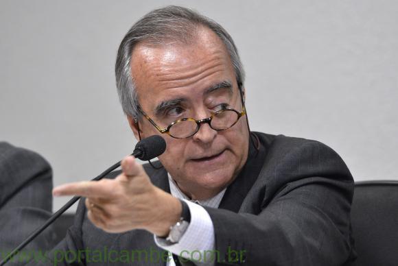 Ex-diretor da Petrobras é preso pela Polícia Federal