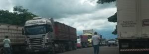 PRF monitora BR-369; após tumulto, carros de passeio são liberados