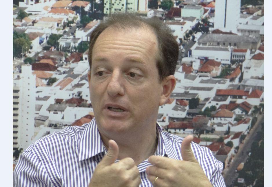 Pesquisa: 44% não aprovam administração do prefeito de Cambé