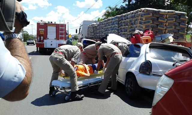 Acidente grave na BR  369 deixa uma pessoa ferida