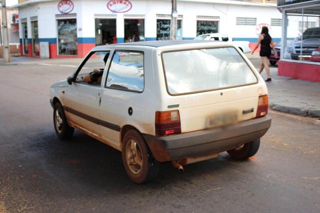 Polícia Militar de Cambé recupera automóvel furtado em Londrina
