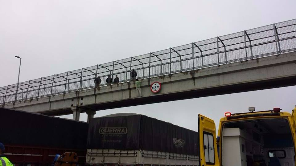 Colisão contra poste mata motociclista nesta manhã em Londrina