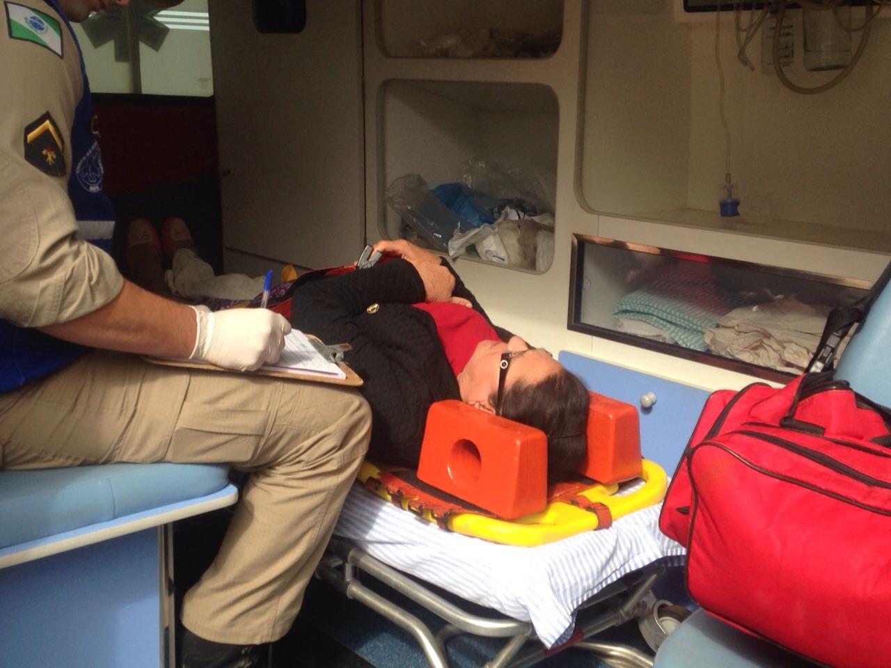 Acidente na Avenida José Bonifácio deixa pessoa ferida na tarde desta sexta-feira (08/05)