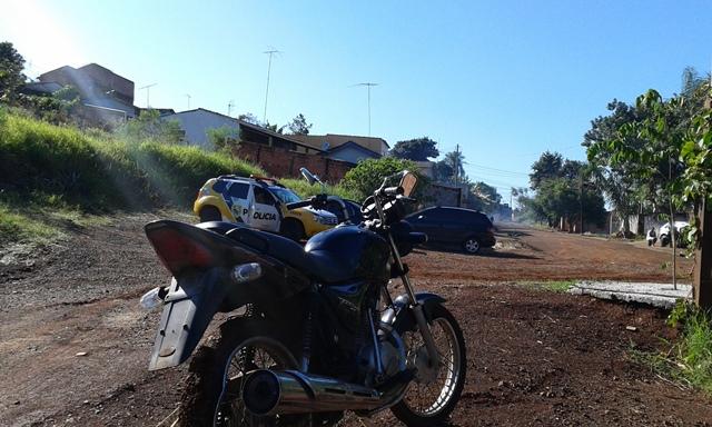Polícia Militar de Cambé recupera motocicleta roubada