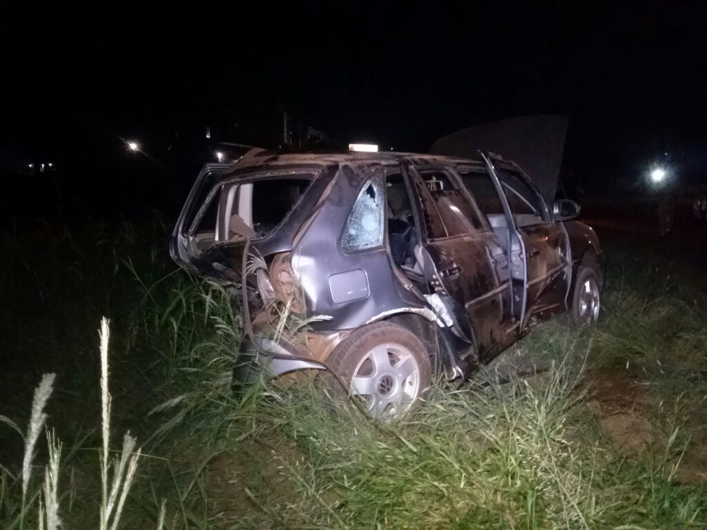 Colisão entre dois veículos deixa jovem de 18 anos com ferimentos graves