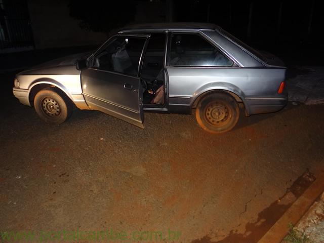Veículo furtado em Sertanópolis é encontrado pela PM no Jardim Boa Vista em Cambé