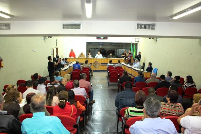 Audiência Pública sobre segurança reúne comunidade e autoridades na Câmara Municipal de Cambé