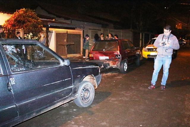 Colisão resulta em danos materiais em veículos no Jardim Santo Amaro em Cambé