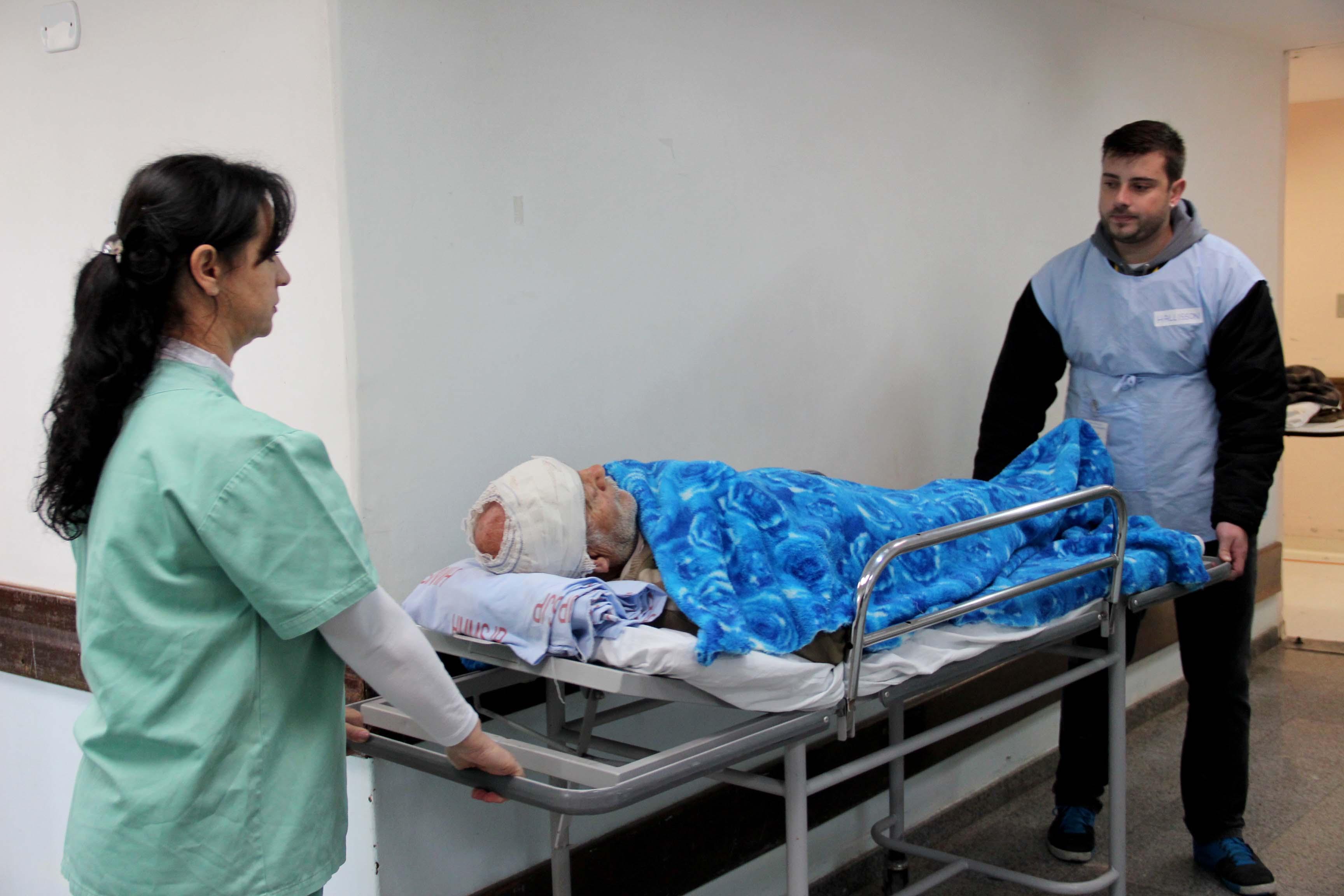 Motoristas infratores prestam serviço voluntário em hospitais